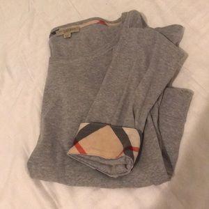 Burberry 3/4 sleeve gray top